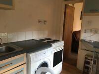 Large s/c furnished studio, Crossflatts Grove, Beeston, LS11. NO FEES.