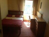 double room - move in today - no deposit