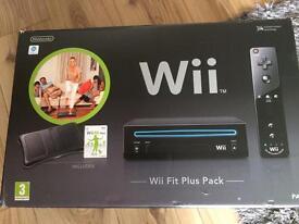 Nintendo Wii Fit Plus pack