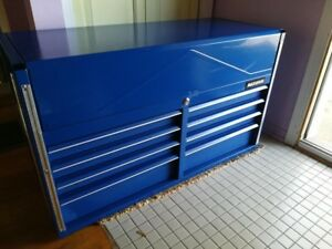 Tool box/ chest. Coffre outils