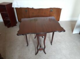 Queen Anne Gateleg Table