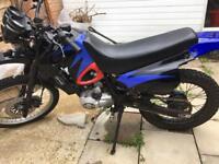 125 motorbike/field
