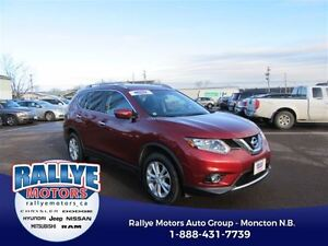 2014 Nissan Rogue SV! AWD! Back-Up! Sunroof! Alloy! Heated!