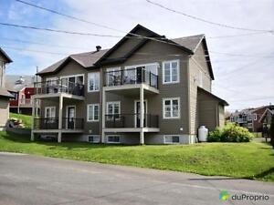 259 000$ - Jumelé à vendre à St-Ferréol-les-Neiges Québec City Québec image 2