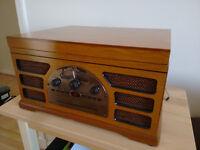 Wooden CD Player Tape LP's Retro Turntable Radio AM/FM