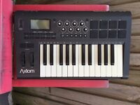 Axiom 25 M-audio controller midi keyboard