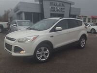 2015 Ford Escape SE|1.6|4WD|Rear Sensors|Navi|MyFord Touch