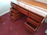 Large desk & filing drawers FOC but must collect soon