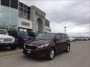 2017 Kia Sedona LX, Bluetooth, Cam, Heat Frt Seats, Clean Carpro