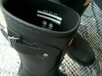 Hunter women's original short boot size 6