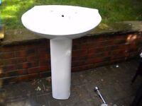 BATHROOM BASIN & PEDESTAL, WHITE. H:83cm W:56cm D:45cm EXCELLENT CONDITION