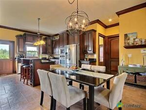 $459,900 - Bungalow for sale in McGregor Windsor Region Ontario image 5