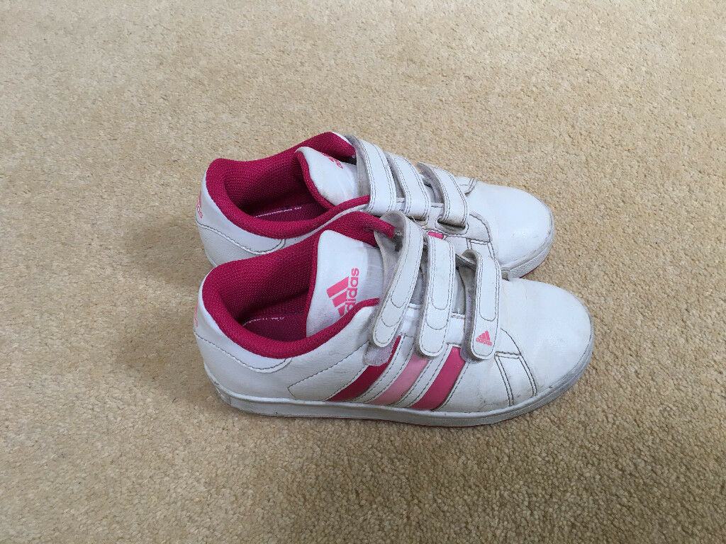 online store da873 1ed55 Girls Adidas leather trainers size 13