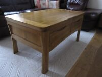 Natural Solid Oak Small TV Cabinet @ Coffee Table