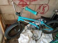 Madd Gear (MGP) Whiplash Street Complete BMX, Sky Blue
