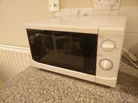 Free microwave to come and collect by the end of the week in Fulham