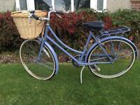 Vintage Raleigh Caprice bicycle - resprayed, beautiful bike