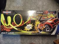 Teamsterz Multi Loop Track Set. Unopened present. £16.99 on amazon. Collection only.