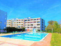 Flat with pool in a private Condo for a couple or 4 people max. in Vilamoura, ALGARVE