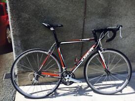 TREK 1.2 size 56 extra wheels