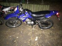 Yamaha xt 125cc 2005 road legal learner legal cbt ktm kawaski suzuki honda moped 125 50cc