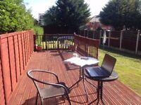 2 Bedroom house to rent, driveway, big garden