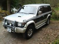mitsubishi pajero 2.8 diesel auto import full years mot