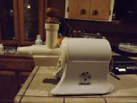 Mint Champion GS-NG-853S 1725rpm HD 1/3HP SS Shaft Auger Juicer