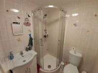 A SPACIOUS ENSUITE TO LET ON GROSVENOR ROAD ILFORD