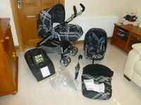 Mamas and Papas Pliko Pramette Travel System in Couture Black incl ISOFIX base (V. GOOD CONDITION)