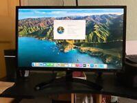 Imac mac mini late 2014 and 27 4k monitor.