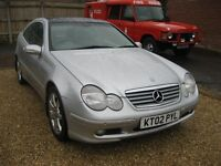 Mercedes C230 Kompressor sport automatic. 2002 in metallic silver with leather.