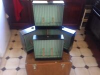 4 x British Finch Show Cages, Canary or Foreign Finch Show Cages with Carry Box