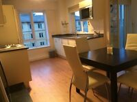 COLINDALE/HENDON - LUXURY THREE DOUBLE BED, 2 BATHROOM FLAT IN BEAUFORT PARK - MUST BE SEEN