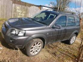 Landrover Freelander 05 a fixer upper or for parts