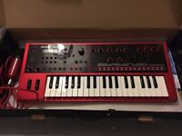 Roland JD-Xi Synthesiser (Limited Edition Red)