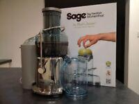 Juicer good as new Sage.