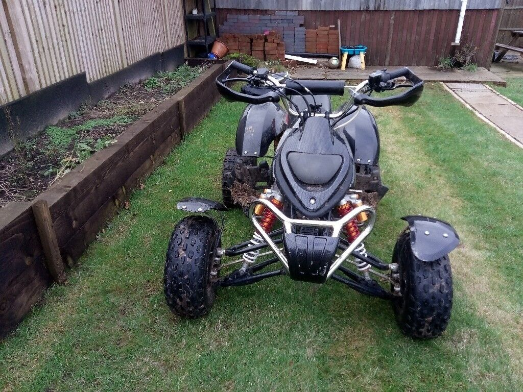 110 quad bike runs and drives spot on only 9 months old been hydro dipped looks really nice