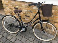 Ladies Dutch style classique bike