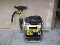 JCB BEAVER HYDRAULIC BREAKER PACK AND GUN HONDA ENGINE. + CHISEL BIT