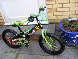 """BOYS 16"""" WHEEL BIKE IN GREAT WORKING CONDITION AGE 4+ HARDLY USED"""
