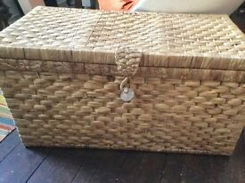 LARGE TRUNK CHEST WOVEN NATURAL WATER HYACINTH