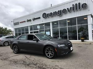 2016 Chrysler 300 S, V6, NAV, ROOF, HEATED LEATH