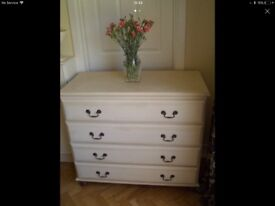 MATCHING CHEST OF DRAWERS AND BEDSIDE CHEST
