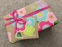 Mrs Miracles BOMB COSMETICS Gift Set