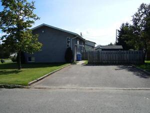 Jumelé rénové 2 chambres à Chicoutimi Saguenay Saguenay-Lac-Saint-Jean image 2