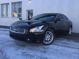 2013 Nissan Maxima LEATHER INTERIOR , BLUETOOTH, SUNROOF,  HEATE