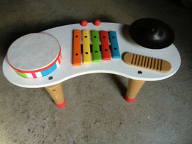 Toy wooden percussion drum set