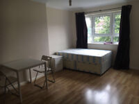 036B-FULHAM -MODERN DOUBLE ROOM, FULLY FURNISHED, ALL BILLS ARE INCLUDED - £200 WEEK