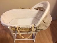 Mamas & Papas mosses basket with white rocking stand
